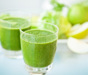 pear-cilantro-detox-smoothie